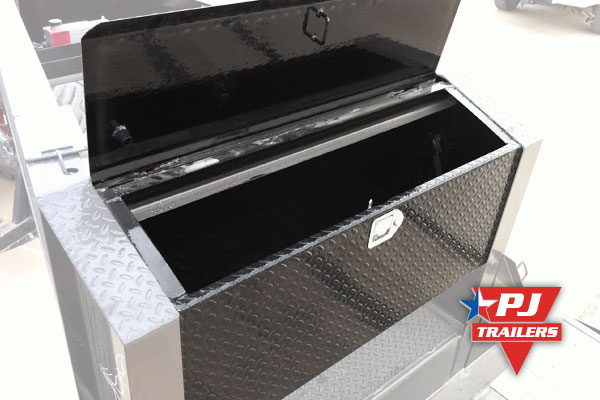 Metal toolbox for trailers